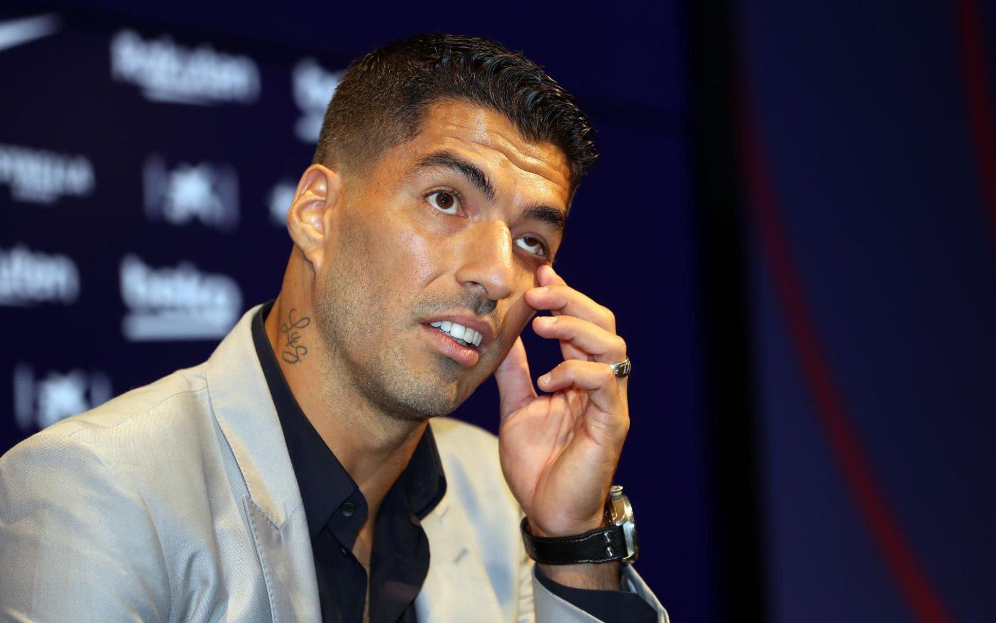 Merci Luis! Les meilleures photos de la cérémonie d'adieu de Suarez à Barcelone