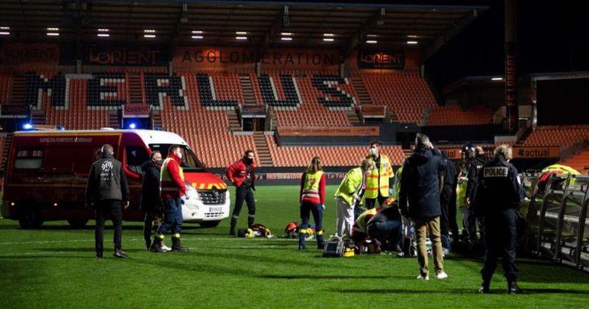 La estructura de iluminación colapsa y mata a un miembro del personal de Lorient después del juego de la Ligue 1 - logo