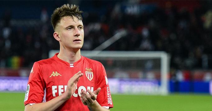 Aleksandr Golovin intéresse des gros clubs notamment le PSG, son agent sonde le marché - logo