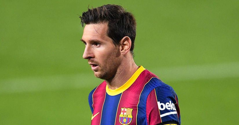 Leo Messi snubbed for L'Equipe's 2020 World XI - logo