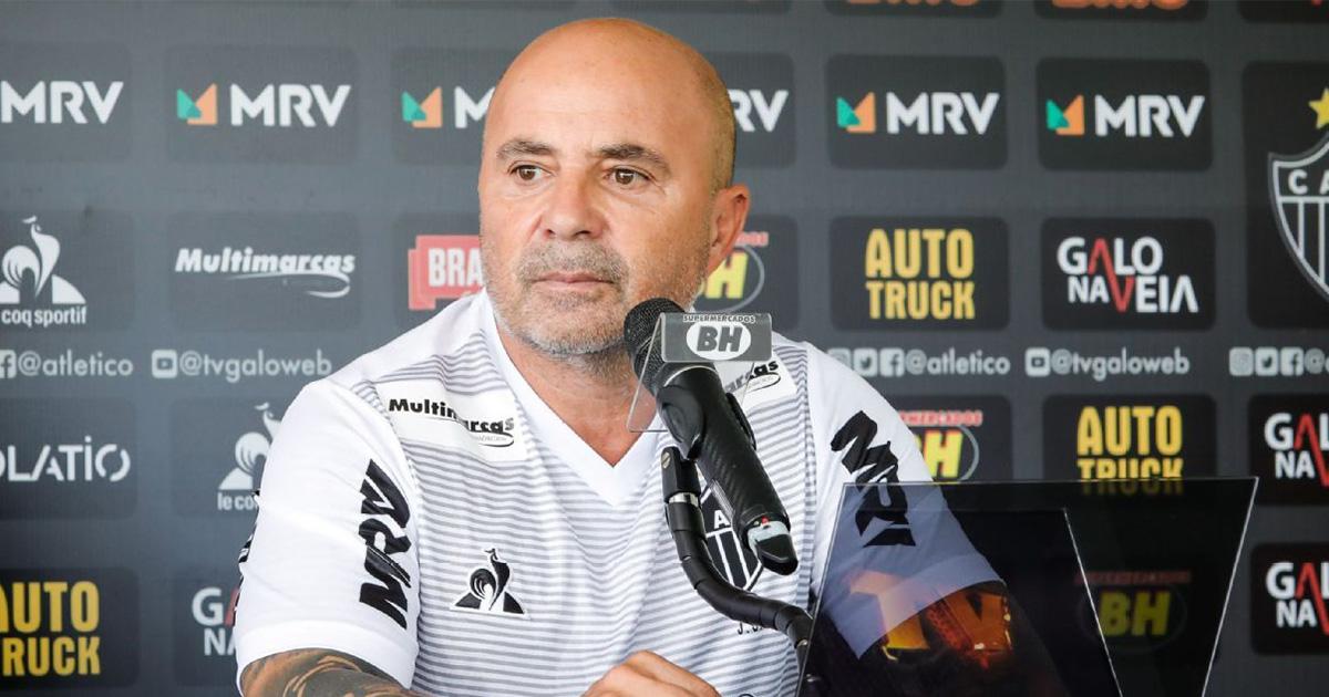 """""""Mon intérêt à moi, c'est que l'Atlético termine le plus haut possible"""": Jorge Sampaoli réponds aux rumeurs sur l'OM"""