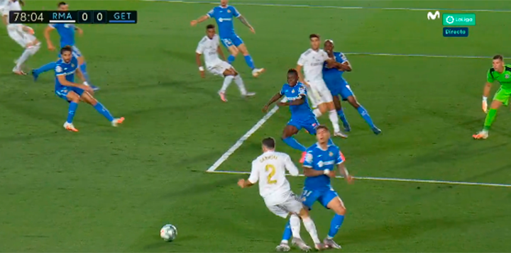 Another questionable penalty call helps Real Madrid extend their ...