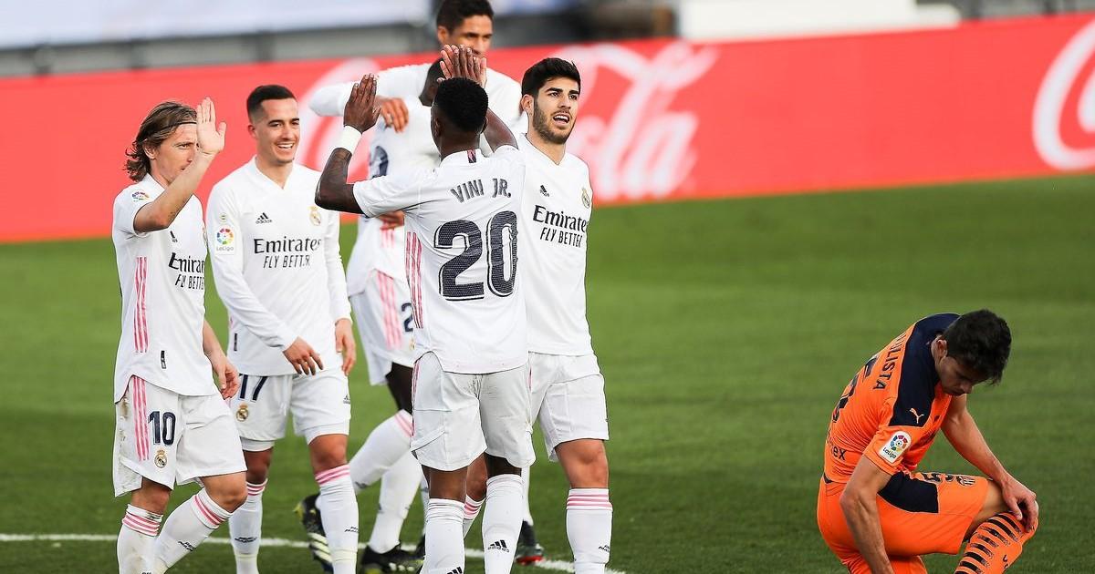 التشكيل الرسمي لمواجهة ليفربول وريال مدريد في دوري أبطال أوروبا