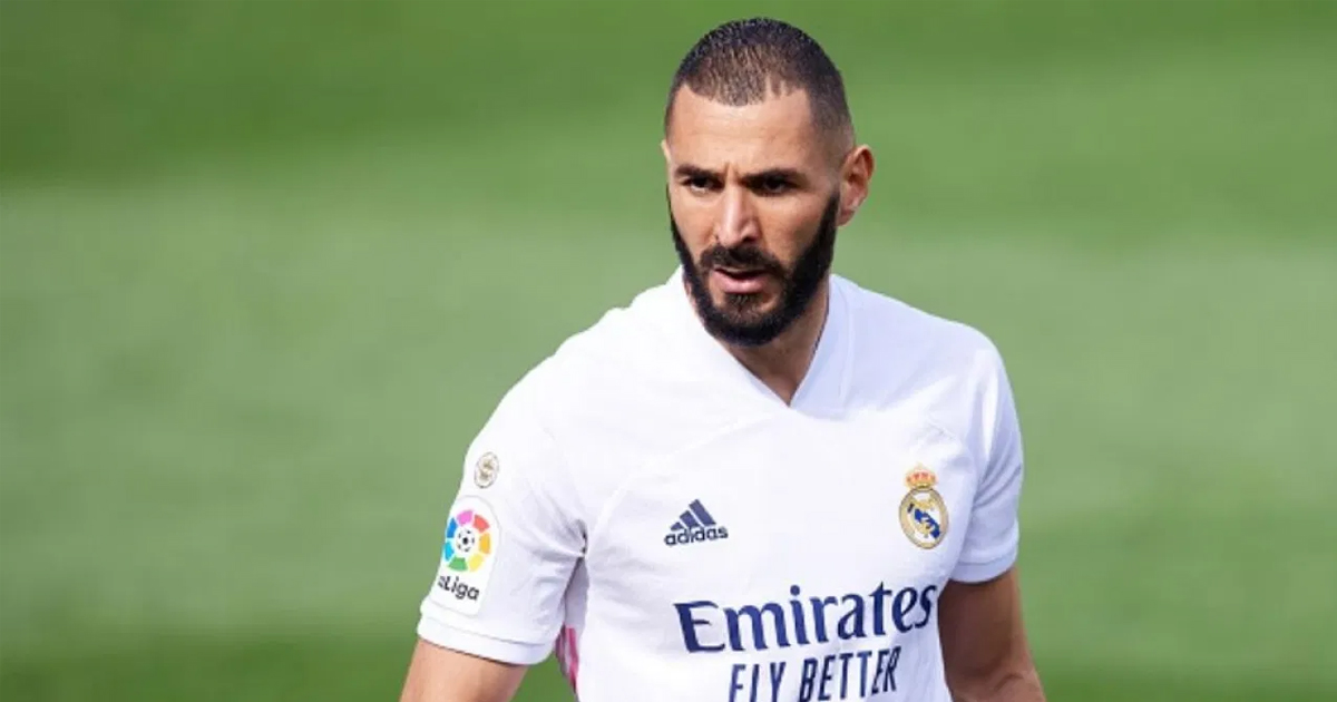 El ex agente de Benzema afirma que el delantero no renovará con el Real Madrid