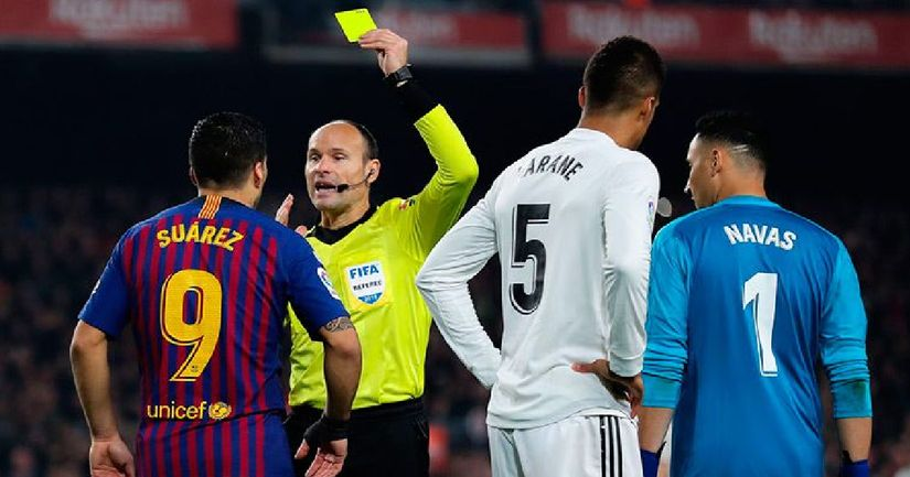 CONFIRMED: Mateu Lahoz will be the referee during El Clasico on Saturday