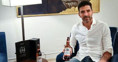 Buffon, tras recibir cervezas por los goles que le marcó Messi: 'espero que sean los últimos'