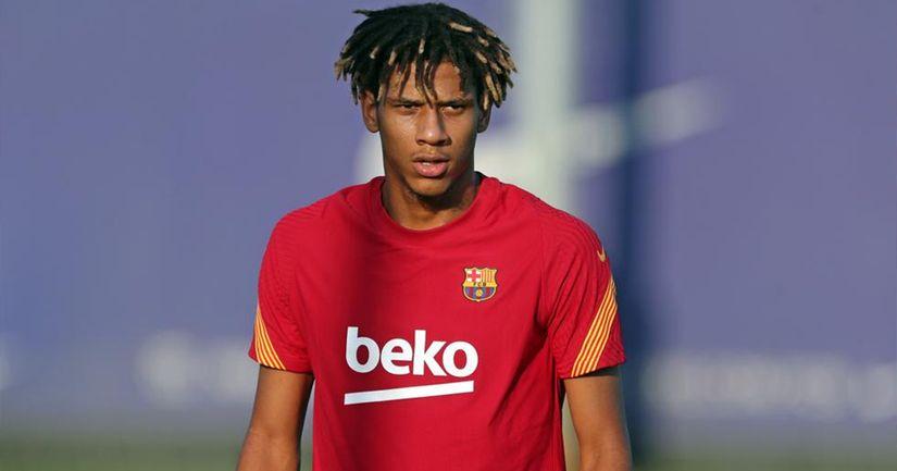 Todibo saldrá del Barça y tiene dos posibles destinos - logo